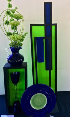 Table Arrangements, Flower Arrangements, Club Design, Table Designs, Garden Club, Flower Show, Exhibitions, Flower Designs, Trays