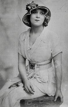 Sári Petráss (1888-1930). Hungarian operetta actress and singer. Photo fromThe Library of Congress