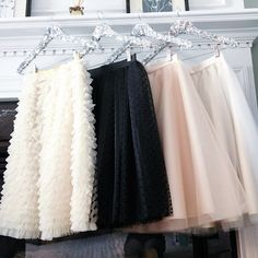 Tulle skirts by Bliss Tulle How adorable would it be for Abbey to wear at my wedding? Fashion Mode, Modest Fashion, Womens Fashion, Skirt Outfits, Cute Outfits, Look Rose, Moderne Outfits, Look Formal, Mein Style