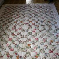 Neat bow tie quilt.