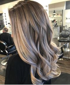 Low maintenance Bronde. Color by @kieraandtheglamour #hair #hairenvy #hairstyles #haircolor #bronde #balayage #highlights #newandnow #inspiration #maneinterest