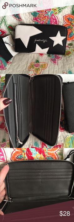 Paparazzi wallet Black with white stars Has Wrap around zipper with lots of card holders money holder  zipper inside Kendall & Kylie Bags Wallets