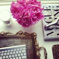 #MondayInspiration #inspiration #officechic #dolcitrame