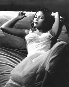 Dorothy Dandridge broke down racial barriers and set the path for black actresses. She became the first black female to be nominated for an Academy Award in the Best Actress category for her role in. Black Actresses, Classic Actresses, Actors & Actresses, Old Hollywood Glam, Classic Hollywood, Hollywood Stars, Dorothy Dandridge, Vintage Black Glamour, Vintage Beauty