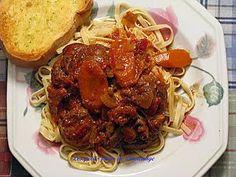 Recette d'Osso buco de porc Osso Bucco Porc, Spaghetti, Ethnic Recipes, Food, Cooking Recipes, Egg Noodles, Ham Hock, Oven Cooking, Essen