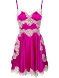 Compre Dolce & Gabbana Vestido godê com aplicações de renda.