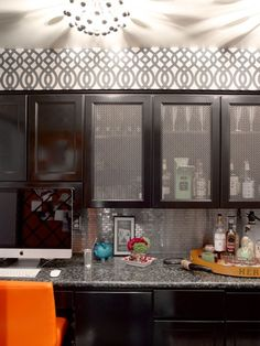 Suzie: Graciela Rutkowski Interiors - Amazing galley butler's pantry with Kelly Wearstler . Contemporary Kitchen, Cabinets And Countertops, Kitchen Dining Room, Cabinet, Interior, Kitchen Living, Bars For Home, Kitchen, Kitchen Cabinets