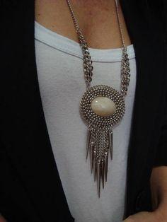 Indian Accessories, Silver Accessories, Zipper Jewelry, Body Jewelry, Diy Jewelry Gifts, Handmade Jewelry, Necklace Set, Beaded Necklace, Modern Jewelry