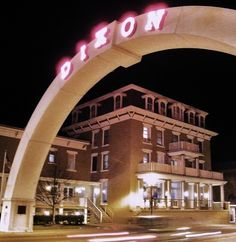 Dixon, IL -- Arch entrance sign in neon - Photo by Henry Juhala