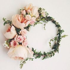 Flower crown by local babe @flowergirllosangeles #weddingideas