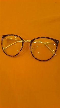 Decoração do vintage Óculos Ópticos Quadro miopia rodada de metal das  mulheres dos homens unisex óculos d0d49aac3e
