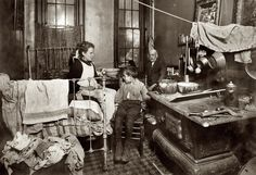 TENEMENT LIFE: September Jimmie Chinquanana, 11 Hamilton Street, New York. In darkness, this is the inner room of his home,(located in the rear of their store). Shorpy Historical Photos, Historical Pictures, Photos Du, Old Photos, Old Pictures, Vintage Pictures, Photo New York, Lewis Hine, Dust Bowl