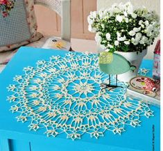 Crochet Heklanje: Šema 26 - Ćipkasta okrugla salveta Table Centers, Love Crochet, Crochet Doilies, Beach Mat, Napkins, Outdoor Blanket, Rugs, Tablecloths, Patterns