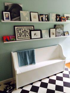 DIY Storage bench + ikea ledge
