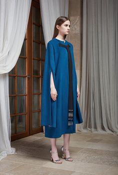 Вторая коллекция Masterpeace x J.Kim, Buro 24/7 2016 Fashion Trends, Trendy Fashion, Pretty Outfits, Stylish Outfits, Designer Wear, Designer Dresses, Muslim Wedding Dresses, Dress Wedding, Hijab Style