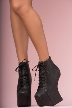 JEFFREY CAMPBELL - NIGHT LITA: 16,5cm eel and 6cm platform. Leather upper and man made sole. Fits true to size.