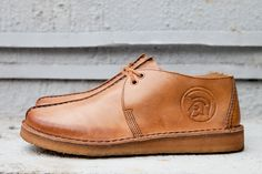 Trojan Records x Clarks Originals 2012 Fall/Winter Anniversary Desert Trek - A Closer Look: Furthering on from our reveal of Clarks' limited edition anniversary Desert Trek shoe, we Gents Fashion, Mens Fashion Shoes, Boat Shoes, Men's Shoes, Shoe Boots, Clarks Shoes Mens, Kicks Shoes, Clarks Originals, Unique Shoes