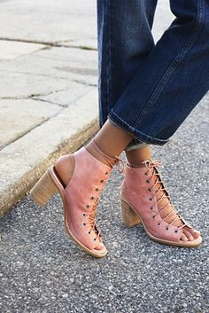 Jeffrey Campbell + Free People minimal lace up heels that we know you will love!
