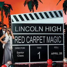 Our Tinseltown Lighted 3-D Clapboard is perfect for any big Hollywood production. Each cardboard Tinseltown Lighted 3-D Clapboard measures 7 feet high.