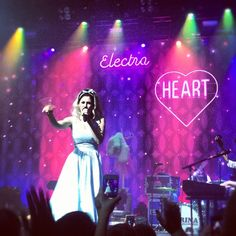 Marina and the Diamonds live! ~I already miss the concert...