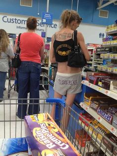 Meanwhile In Walmart 50 Pics Page 2 of 5 http://ibeebz.com