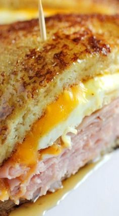 French Toast Grilled Cheese Sandwich : brown sugar