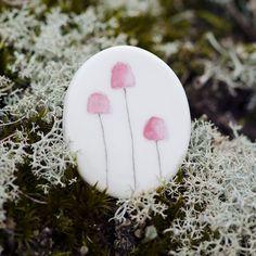 Brooch porcelain pink fungi mushroom handmade by Mouseblossom