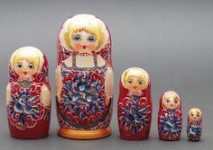 Russian Sergiev Posad Severodvinskaya nesting by BestGiftIdeas