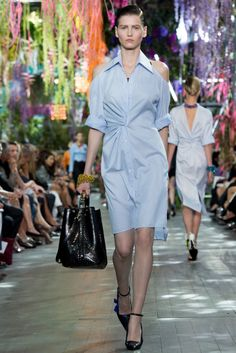 Fabulous outfit from #Dior in #ParisFashionWeek #SpringSummer2014