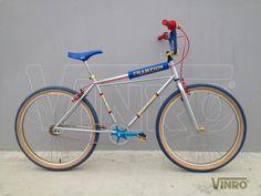 Vintage Bmx Bikes, Vintage Cycles, 24 Bmx, Bicycle Cafe, Bmx Cruiser, Best Bmx, Bmx Racing, Bicycle Design, Heart For Kids