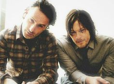 The Walking Dead Boys Rick (Andrew Lincoln) & Daryl (Norman Reedus)
