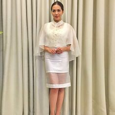 New Wedding Gown 2018 Philippines Ideas Barong Tagalog For Women, Modern Filipiniana Gown, Couture Fashion, Runway Fashion, Filipino Fashion, Grad Dresses, Wedding Dresses, Traditional Dresses, Evening Dresses