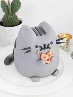 Gato Pusheen - Tan Dulce Cat Fondant, Cute Desserts, Dessert Recipes, Pusheen Cakes, Bolo Tumblr, Pusheen Birthday, Cute Baking, Dragon Cakes, Cake Wrecks