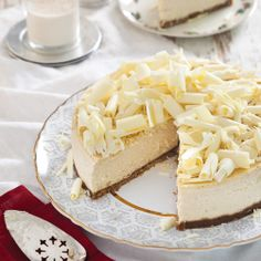 """Eggnog Cheesecake- Can't drink it out of the glass,but this might be """"doable"""". What do you think?-Lissa holiday, bake idea, eggnog cheesecak, egg nog"""