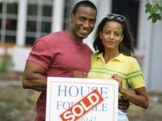 Your home's listing price can make or break your sale. HGTV.com provides tips to give you a starting point for pricing your home.