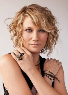 Styling Your Curly Hair With Short Curly Bob Hairstyles   Short ...
