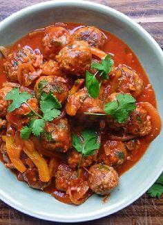 Low FODMAP & Gluten free Recipe - Meatballs with smokey tomato sauce  http://www.ibssano.com/low_fodmap_recipe_meatballs_smokey_tomato_sauce.html