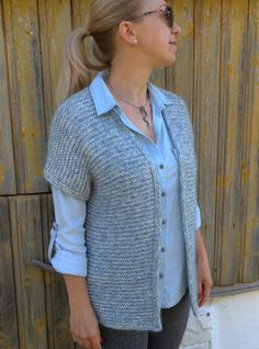 Knitted voluminous vest with mohair and wool, warm wool vest, fashionable vest with sequins, voluminous knitvest Ladies Cardigan Knitting Patterns, Knit Cardigan Pattern, Knitted Poncho, Half Sweater, Wool Vest, Cardigans For Women, Knitwear, Sequins, Stylish