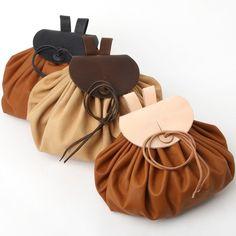 Kožená tašvice inspirovaná Keltskými vzory