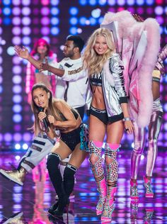 Ariana Grande gets hit in the head by a Victoria's Secret Angel.