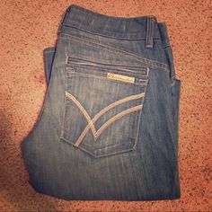"""William Rast New W/O tags savoy size 29 jeans. New without tags. William Rast savoy, regular rise  trouser. Size 29. Measures approx 33"""" long measured from inseam. Light wash. William Rast Jeans"""