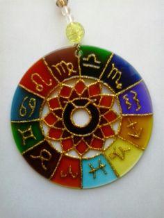 Mandala Signo de Touro 12cm - vidro Www.capembas.com.br