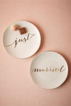 cutest dessert plates.