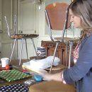 Vidéo: Apprenez à retapisser une chaise avec Fabuleuse Factory - Marie Claire Idées