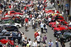 Милле Милья (Mille Miglia) – одна из самых зрелищных выставок исторических машин в Италии. Густо-тур - Gusto-tour | Mille Miglia