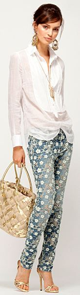 Ermanno Scervino 2013 ck don't normally feel comfortable in print pants but those are so cute, love the gold accessories to match the print