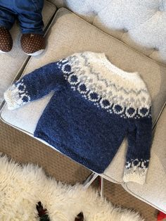 Ravelry: Project Gallery for Alva pattern by Maria Vangen Baby Boy Knitting Patterns Free, Baby Sweater Patterns, Baby Sweater Knitting Pattern, Crochet Baby Cardigan, Knit Baby Sweaters, Toddler Sweater, Knitting For Kids, Baby Pullover Muster, Ravelry