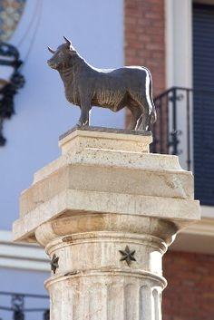 El Torico  emblema de Teruel, Aragón  Spain.  Blog de Óscar Pardo de la Salud.