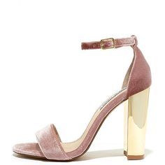 Steve Madden Carrsonv Pink Velvet Ankle Strap Heels (840 NOK) ❤ liked on Polyvore featuring shoes, pumps, heels, sapatos, pink, ankle wrap shoes, mirror heels shoes, velvet pumps, steve madden footwear and mirror shoes