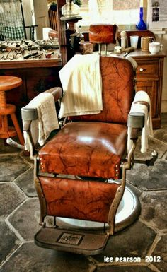 Barber chair classic. Amazing leather. Love the look.